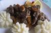 Печень с шампиньонами в сметанном соусе